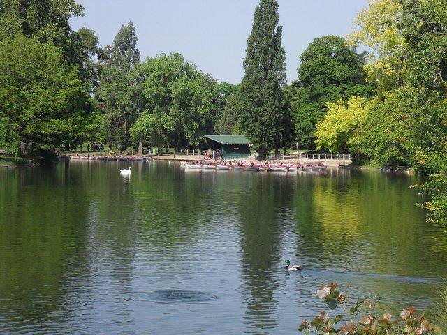 Barques Lac Daumesnil